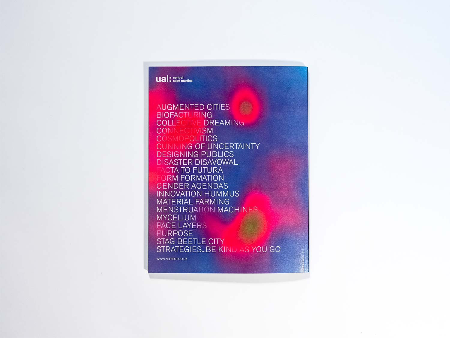 The picture shows the back of the Æffect Journal.